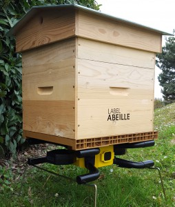 LABEL-ABEILLE_ruche-connecte¦üe_situation1_light